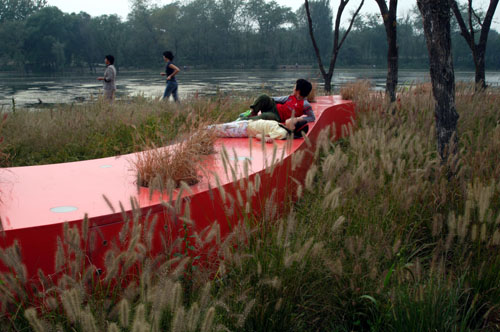 red-ribbon-tanghe-river-park-china-2