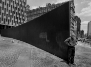 Richard-Serra-Tilted-Arc-4